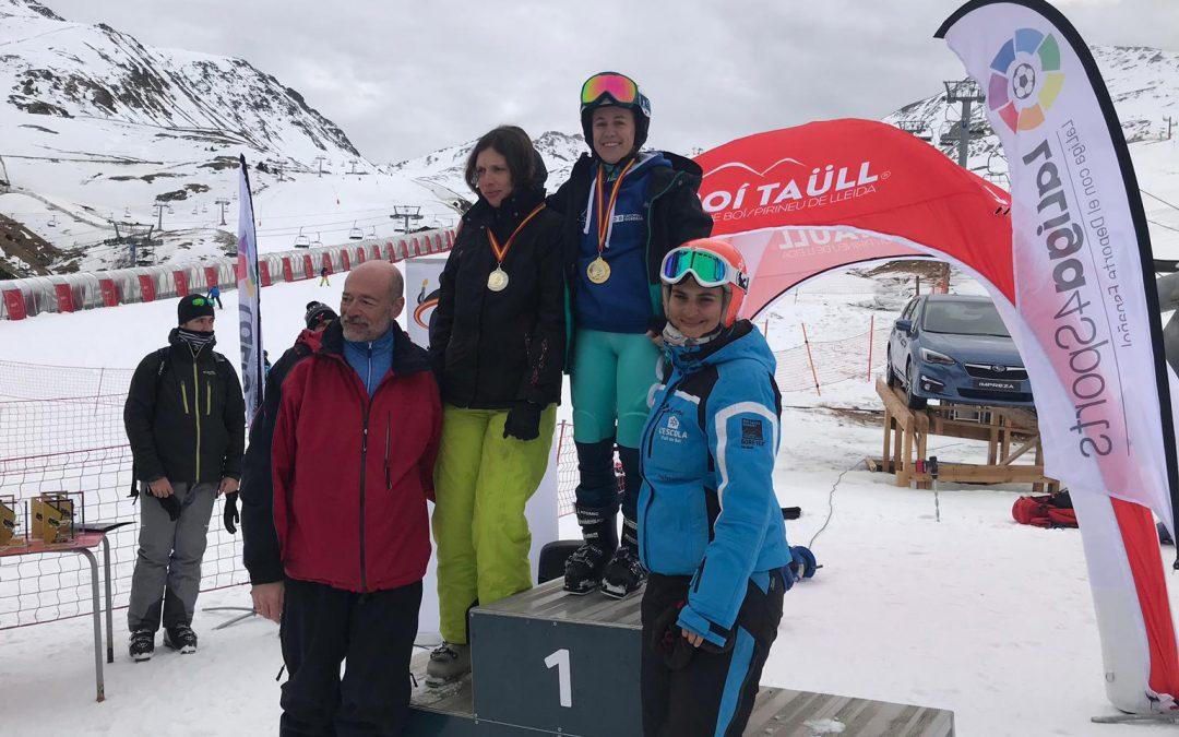 Marina Rodríguez revalida su título de campeona de España de Esquí Alpino FEDDI y corona un gran papel del club CODA en Lleida